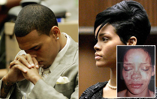  Rihanna seen kissing Chris Brown at VMAs