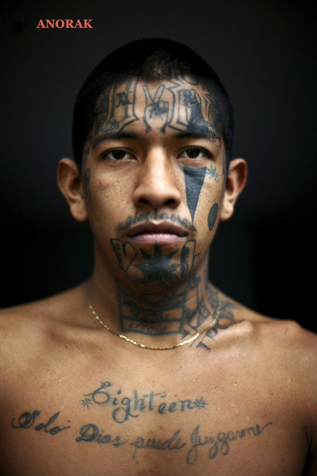 Anorak in photos the tattooed faces of ms 13 and 18th for Prison eye tattoos