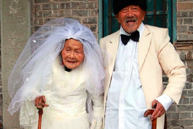 Wu Conghan Wu Sognshi Wu Conghan and Wu Sognshi celebrate 88th wedding anniversary with first photo