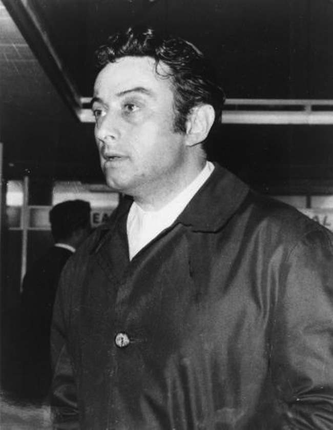 2499233 1963: Lenny Bruce is banned from Britain in the public interest