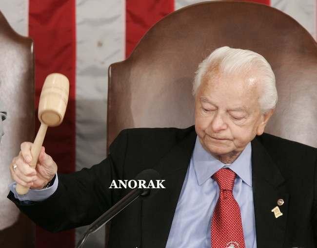 http://www.anorak.co.uk/wp-content/uploads/2012/12/PA-5963681.jpg