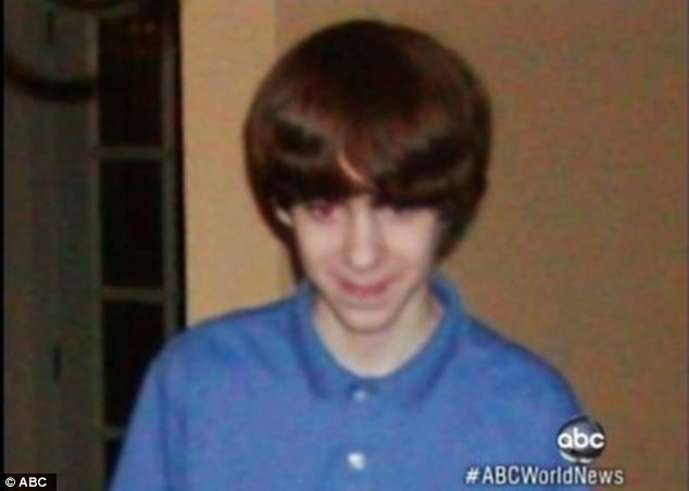 adam lanza3 Adam Lanza: the quiet, well behaved, shy, noisy, evil boy everyone knew (photos)
