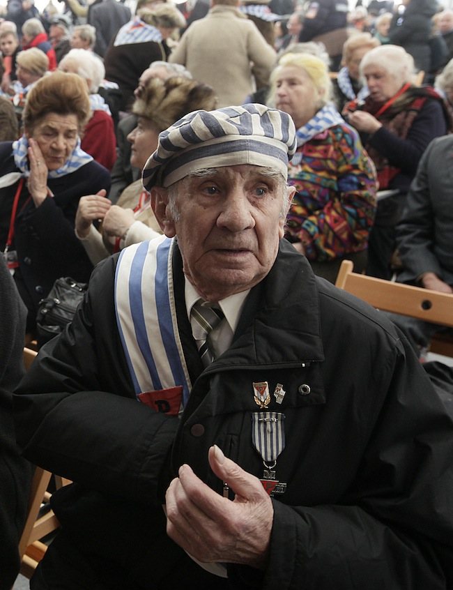 PA 15645667 Will we remember the Holocaust in 10 years? Holocaust Memorial Day photos