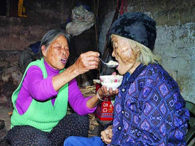 Peng Xiuhua 101 year old woman returns to life at her own funeral