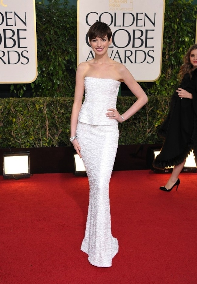 anne hathaway ToddleWood: Hollywoods mini stars hits the Golden Globes red carpet