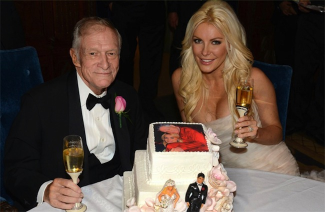 hefner cake 1 Hugh Hefner in birthday cakes: the sponge and Viagra icing photos 