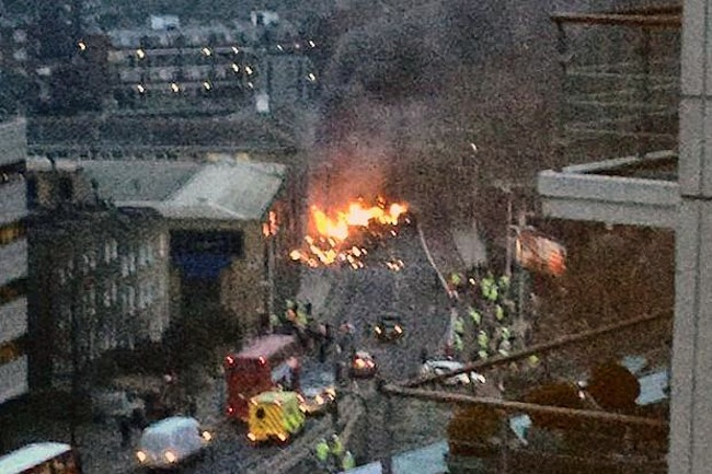 wandsworth road helicopter Helicopter crashes in Wandsworth Road, London: photos and news
