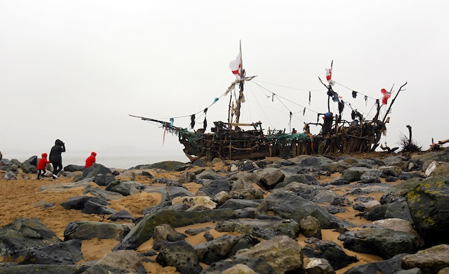 PA 15749317 Frank Lunds New Brighton pirate ship made from Mersey driftwood and other washed up stuff (photos)