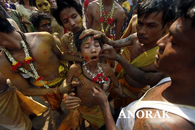 PA 15832258 Children walk on burning embers and get piercings at Myanmar Hindu Festival (photos)