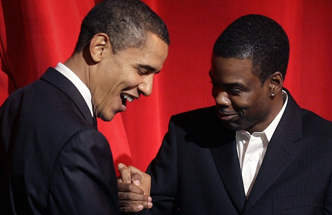 PA 5390558 Barack Obama bites Chris Rock in the ass