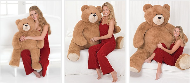 valentines bear1 Get a Big Hunka Love Bear for St Valentines Day and watch that man like a hawk