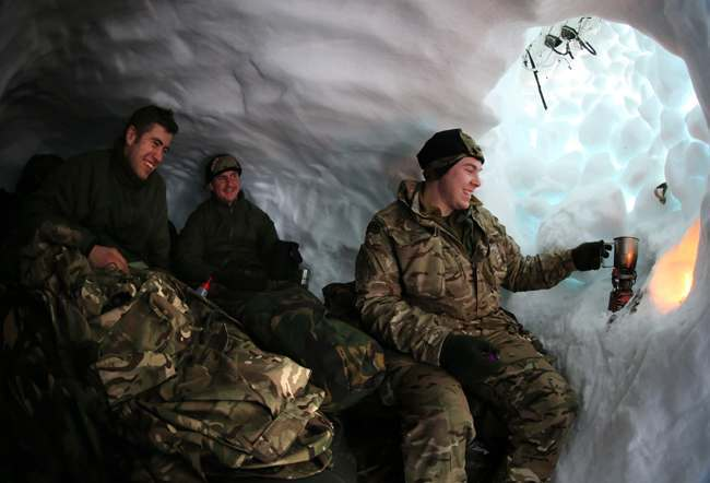PA 16005716 In photos: the Royal Marines Commando cold weather warfare camp, Norway (with epic Northern Lights show)
