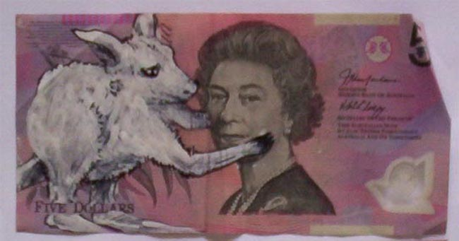 Queen aussie 20 Artist gives Queen Elizabeth a make over on Australian five dollar note
