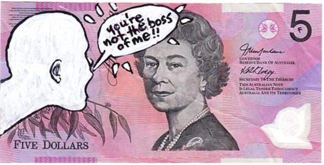 Queen aussie 21 Artist gives Queen Elizabeth a make over on Australian five dollar note