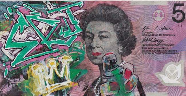 Queen aussie 8 Artist gives Queen Elizabeth a make over on Australian five dollar note