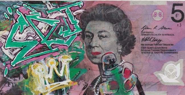 Queen aussie 8