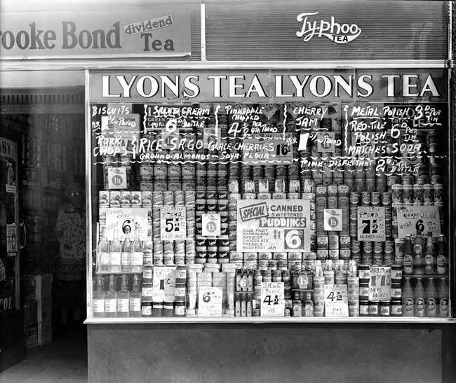 lyons 2 July 1951: A grocers shop window in London