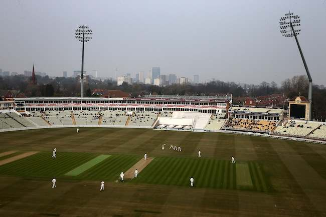 Cricket - LV=County Championship - Division One - Day One - Warwickshire v Derbyshire - Edgbaston