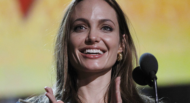 PA 12873517 1 Angelina Jolie rejected cancer from her body