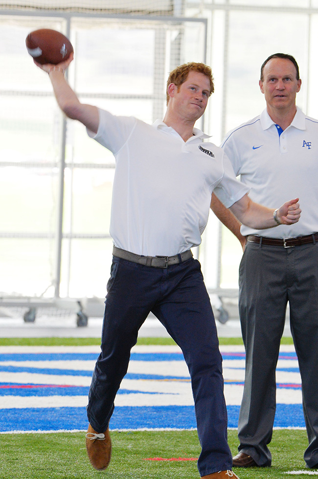 PA 16499452 In photos: Prince Harry meets the cheer leading display team at the US Air Force Academy base in Colorado Springs