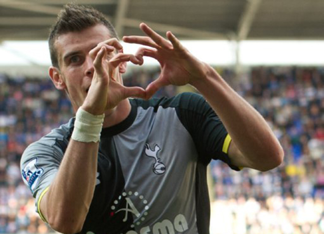 gareth bale heart 10 famous people and good causes Spurs Gareth Bale can sue when he owns the love heart hand gesture