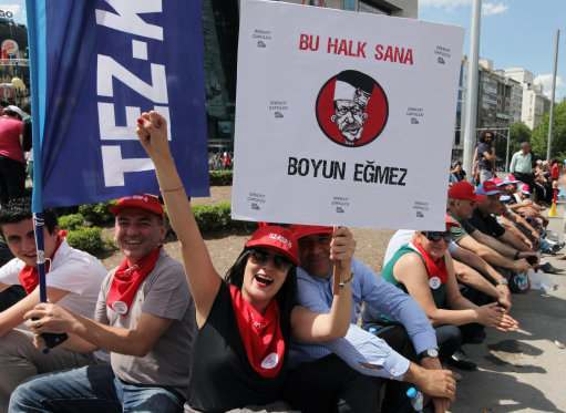 167241552 Taksim Square, Turkey: the best slogans, graffiti and hats from the anti Government protest