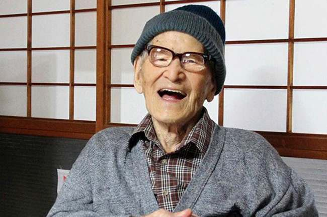 Jiroemon Kimura, the world's oldest person and according to the record books the oldest man ever to have lived, has died of natural causes in Japan at the age of 116.