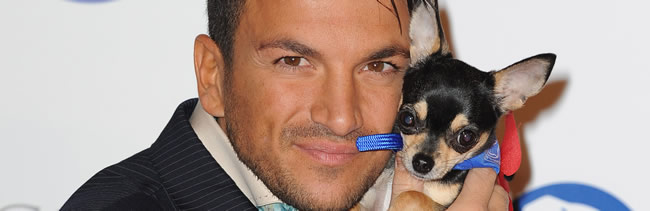 PA 12058881 Peter Andre exposes his colon