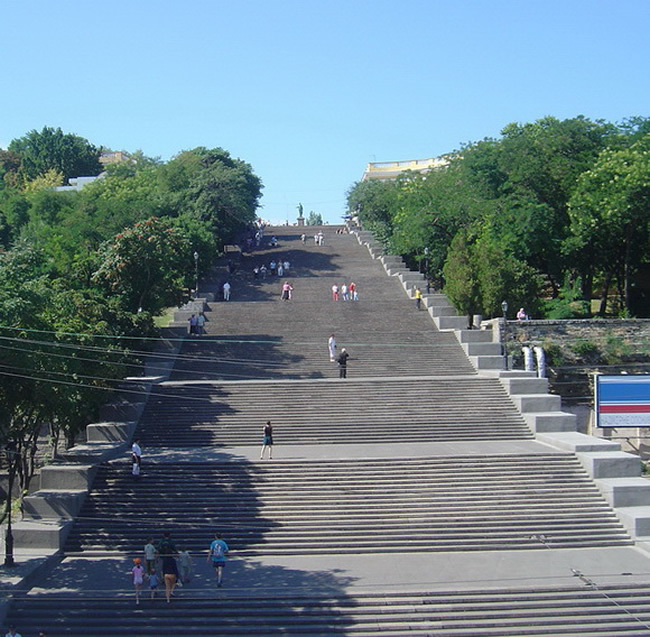 Potemkin_stairs,_Odessa (1)