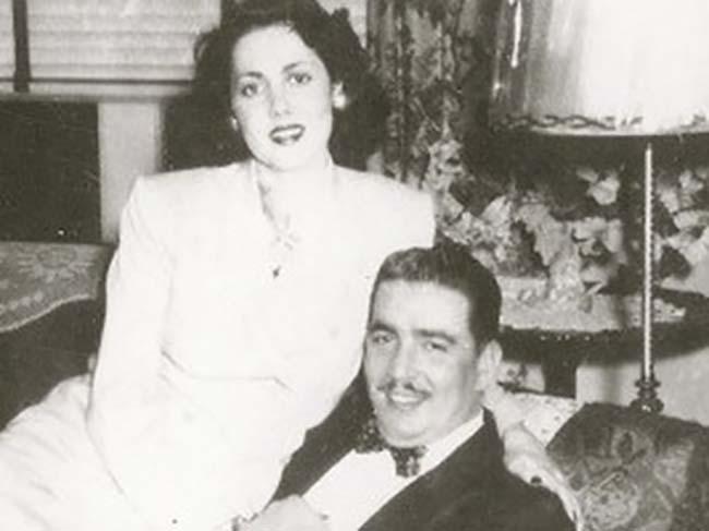 Simon's parents on their wedding day.