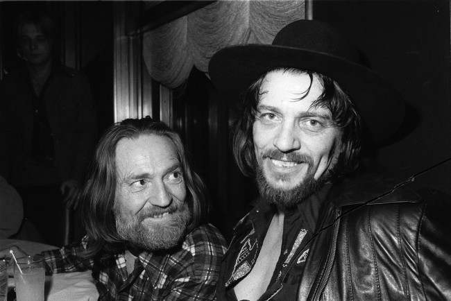PA 8637283 Willie Nelson on the Ernest Tubb show