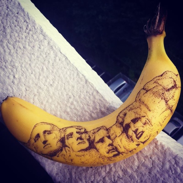 tattoo banana 9