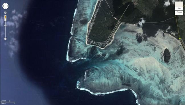 'Underwater Waterfall', Mauritius 1
