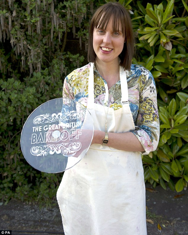 The Great British Bake Off Cake Stand