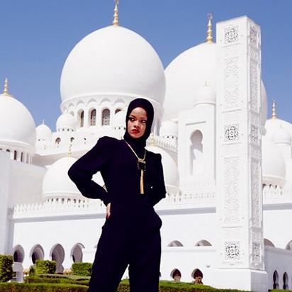 rihanna mosque 4
