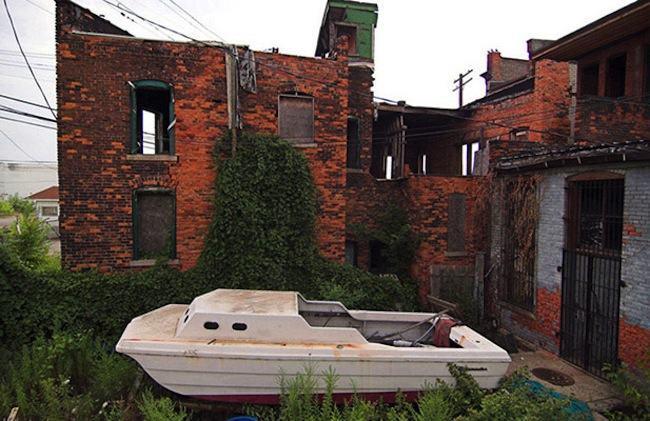detroit ship wrecks 21