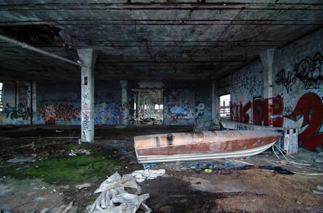 detroit ship wrecks 8