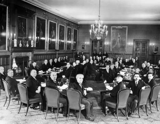 The Prime Minister opened the conference on the future of Palestine in the old Banqueting hall at St. James's Palace in London on Feb. 7, 1939. Mr. Chamberlain opened the discussions with a speech to the Arab delegations at 10.30 A.M., and at midday, he made the opening speech to the Jewish agency delegation, this course being necessary because the Arabs not recognize the Jewish Agency as a body with whom they can treat. A general view of the first meeting of the Jewish of the conference at St. James's.