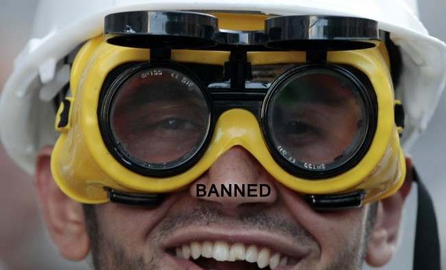 PA 16834166 Turkey Rules Swimming Goggle To Be Offensive Weapons