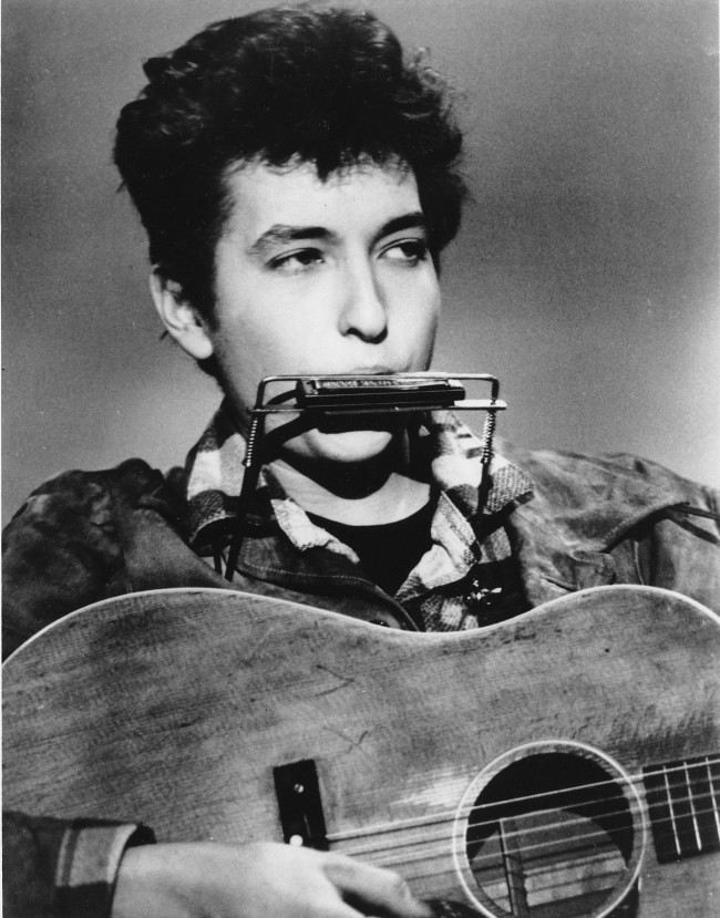 Listen: Bob Dylan Performing 'The Ballad of the Gliding Swan