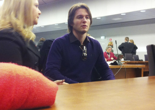 Raffaele Sollecito talks with his stepmother Mara Papagni prior to the start of the final hearing