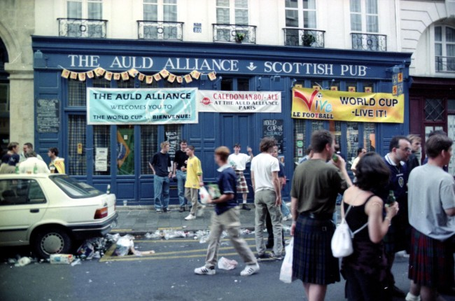 The Auld Alliance pub in Paris where Stan Collymore allegedly punched his girlfriend Ulrika Jonsson.