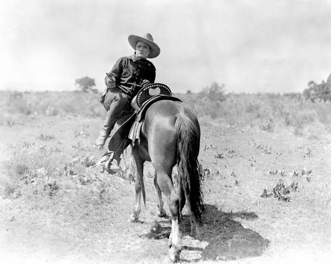 PA 911353 Tom Mix Was Hollywoods Original Cowboy Tough Guy (Photo)