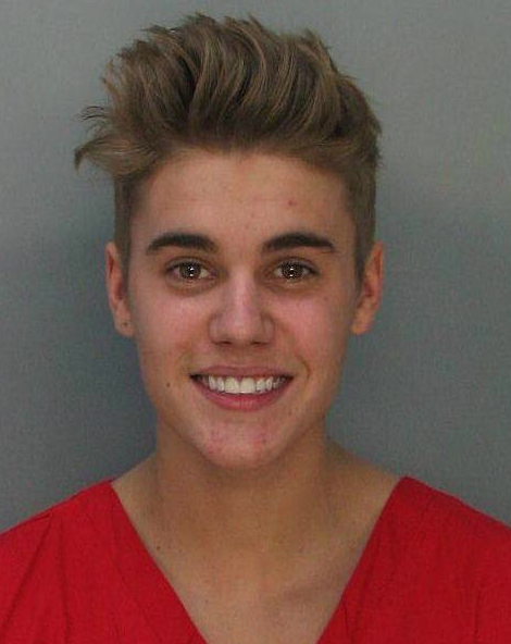Screen shot 2014 01 23 at 16.18.47 Justin Bieber Has Zits   Mug Shot Photo
