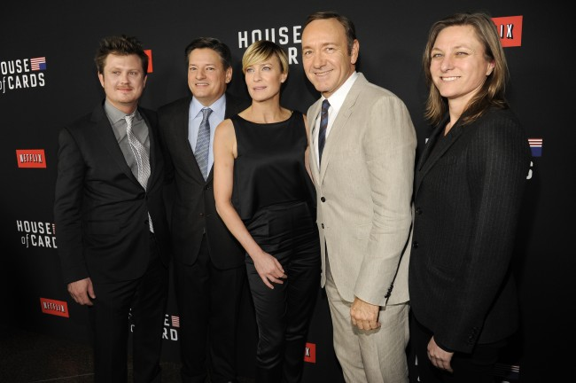 "Writer Beau Willimon, from left, Netflix's Ted Sarandos, actress Robin Wright, actor Kevin Spacey and Netflix's Cindy Holland, arrive at a special screening for season 2 of ""House of Cards"", on Thursday, Feb. 13, 2014 in Los Angeles. (Photo by Chris Pizzello/Invision/AP)"