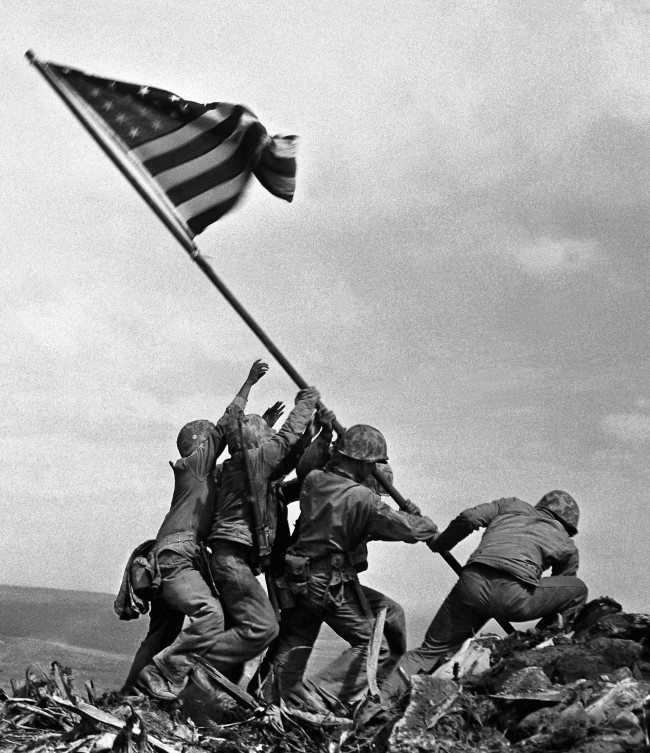 PA 4750723 Iwo Jima: A Story Of Death, Glory And Propaganda In Wonderful Photos