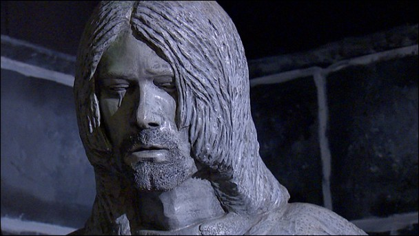 kurt cobain The Worst Celebrity Statues, EVER!