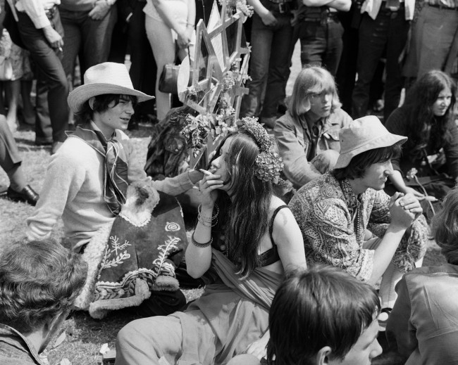 Speaker's Corner in Hyde Park, London, became a smoker's paradise when London's flower children converged to take part in the Happening. The crowd gathered to support a campaign to legalise hashish and marijuana. The term 'flower children' has been given to devotees of mind-expanding drugs in California, USA. Date: 16/07/1967