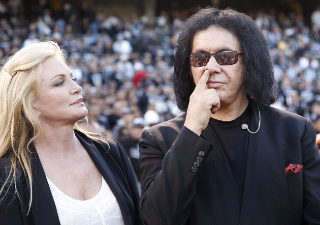 PA 14538190 Gene Simmons Thinks Hip Hop, Non Guitarists And Karaoke Kiss Should Be Banished From The Rock n Roll Hall of Fame
