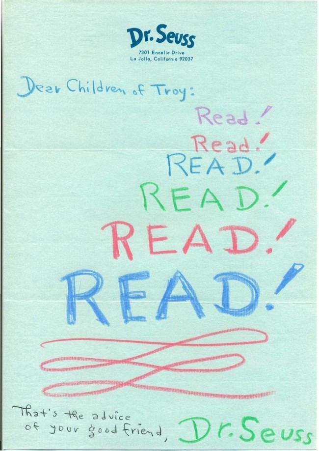 dr seus read